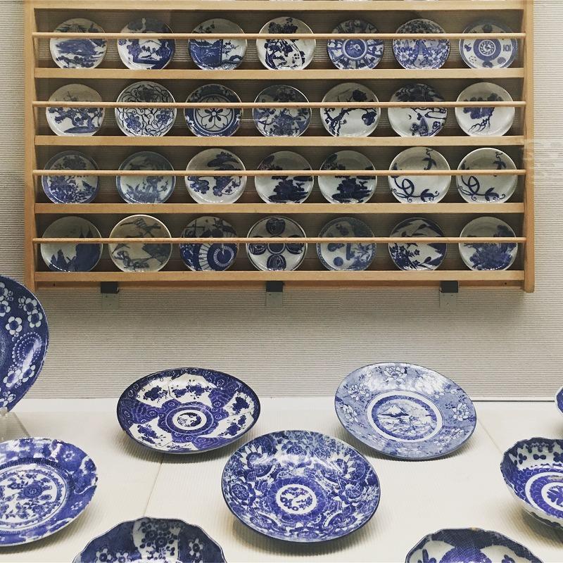 印判手の皿